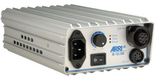 Alquiler Ilumincaion Arri HMI Pocket PAR 200w | Camaleón Rental